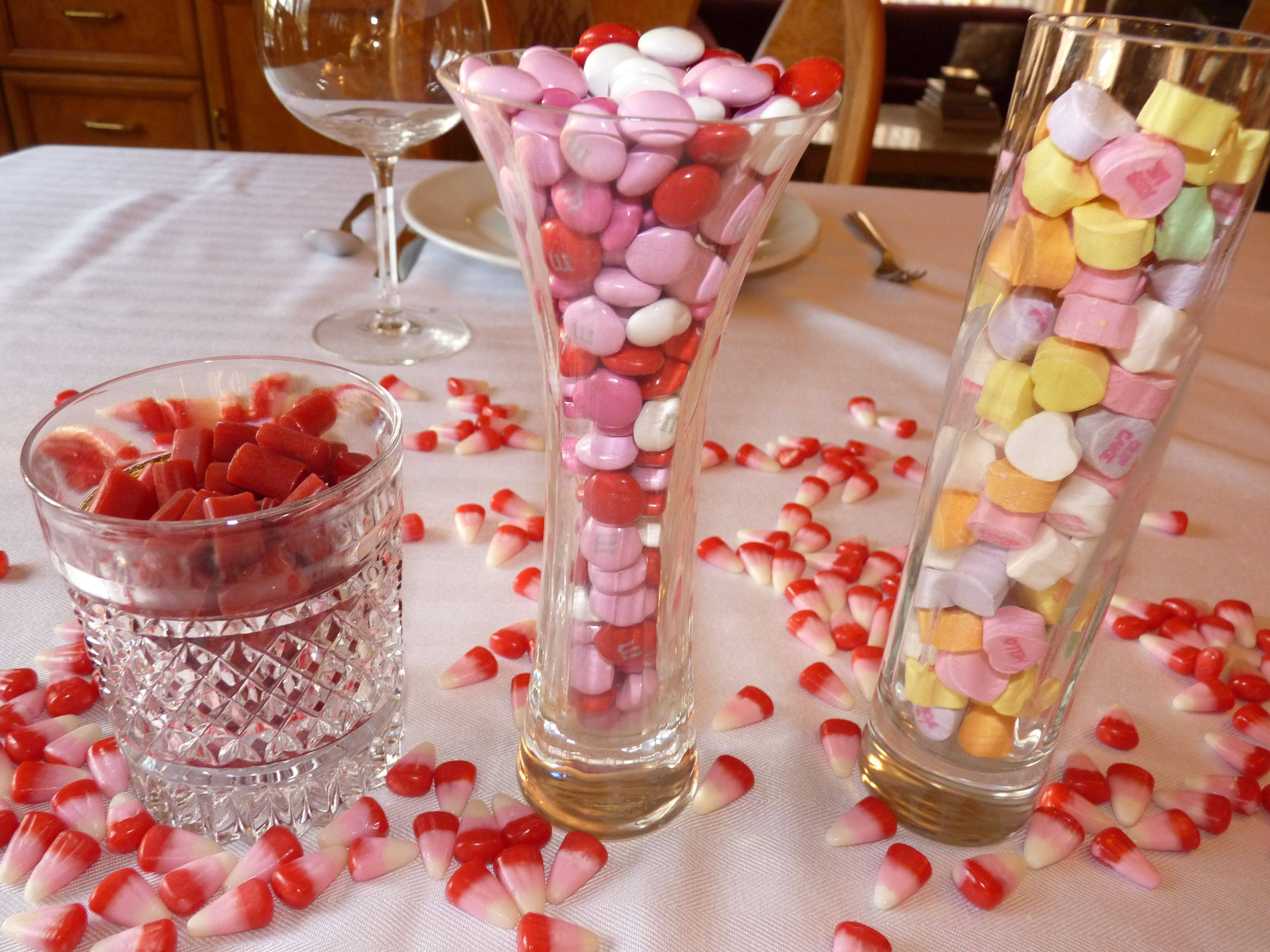 37 Romantic Valentine Table Decorations | Table Decorating Ideas