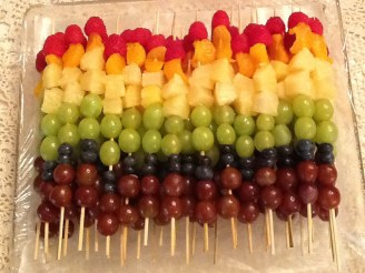rainbow-fruit-kabobs1